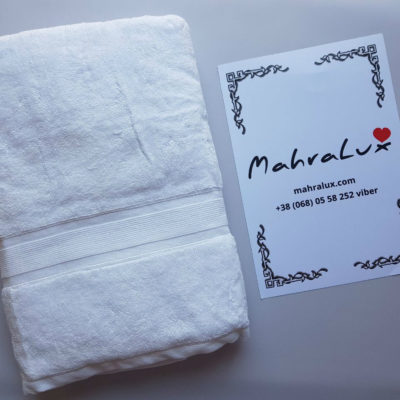 Банное полотенце из белого микрокоттона Турция